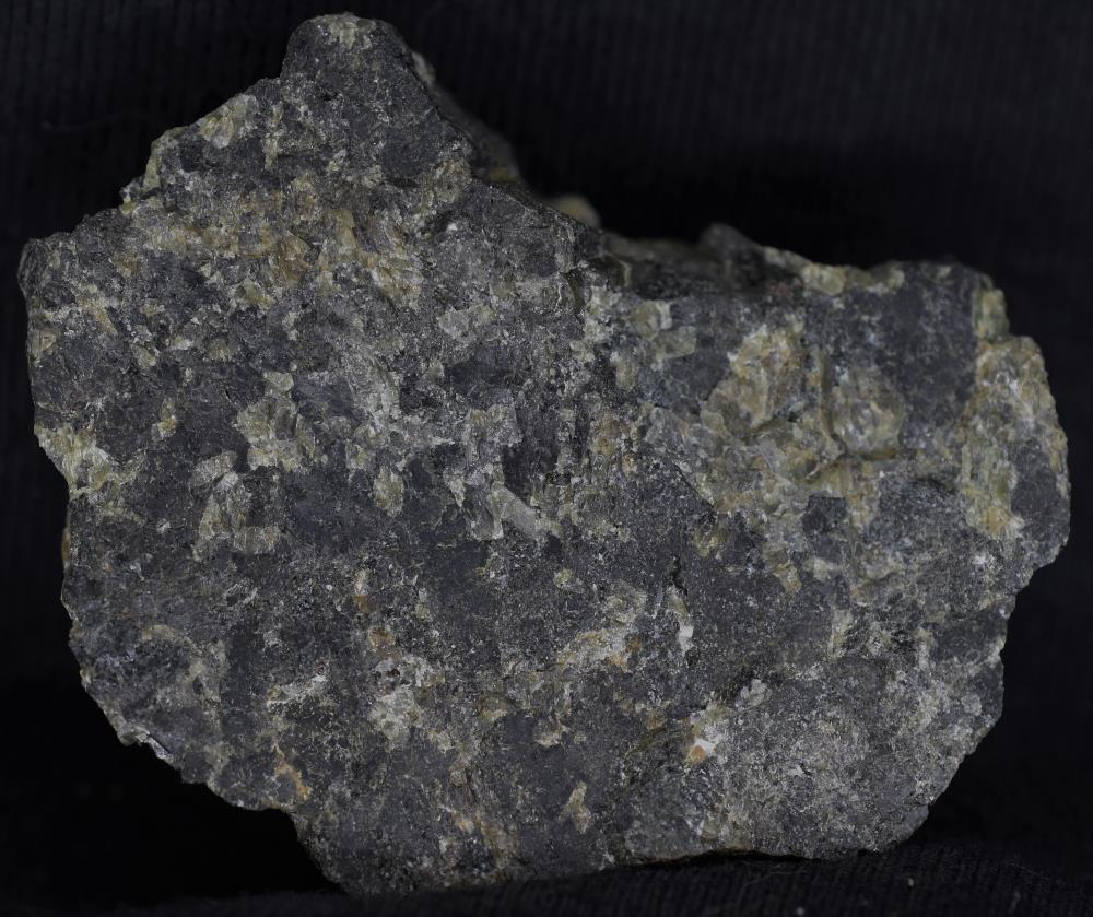 Fluorapatite, pyroxene, willemite and calcite from Taylor Road Dump, Franklin, NJ